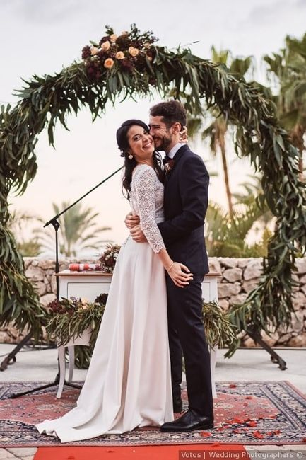 Qui a trouvé son look de mariage en premier ? 1