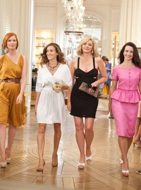 Les meilleurs looks d'invitées de la célèbre série Sex And The City 😎 1