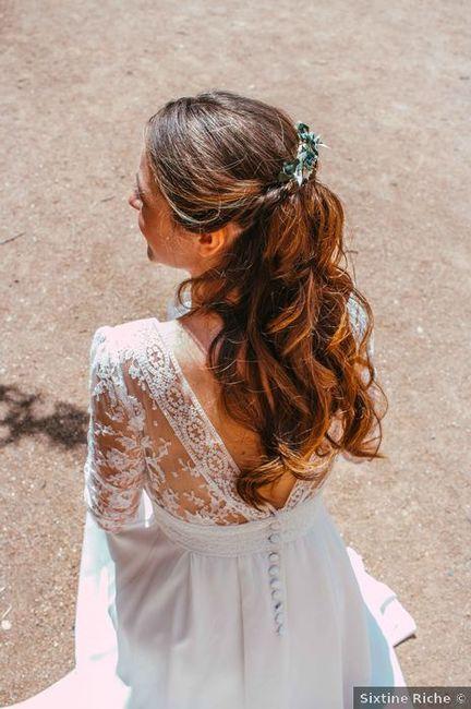 Les cheveux semi-attachés : Extra 😏 ou Banal 😐 ? 1