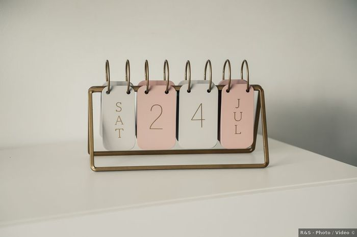 Choisir ta tenue ou fixer la date de ton mariage ? 1