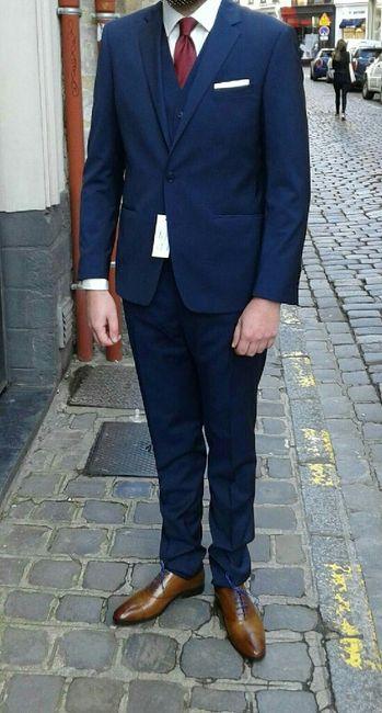 8513d2dfa07 Costume de mariage bleu chaussure marron - aretttoipourcourir.fr