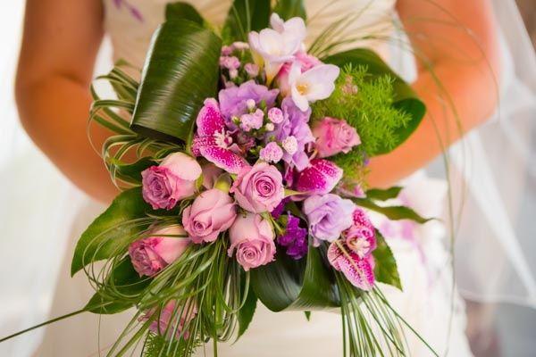 composition et prix de votre bouquet de mari e page 2 mariages forum. Black Bedroom Furniture Sets. Home Design Ideas