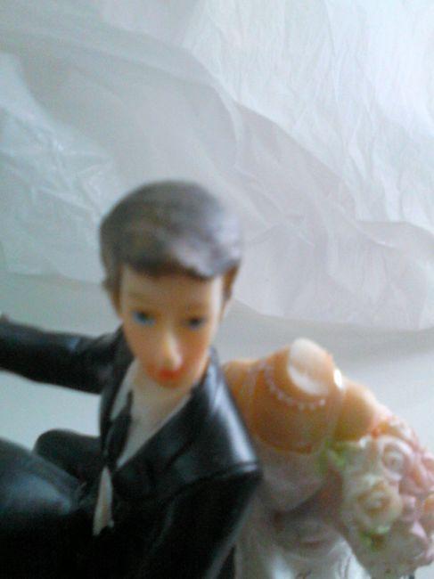 Figurine cassée... - 1