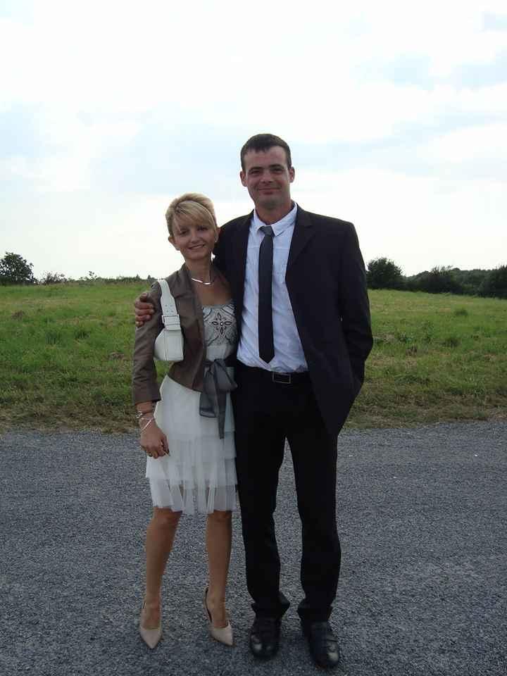 Le club des mariées avec photo de couple - 1