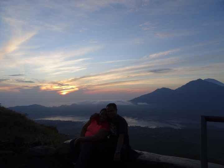 VDN - BALI - Sunrise on the Montbatur