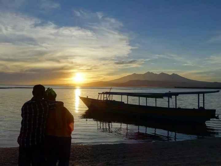 VDN - BALI - sunrise sur la plage de Gili Meno
