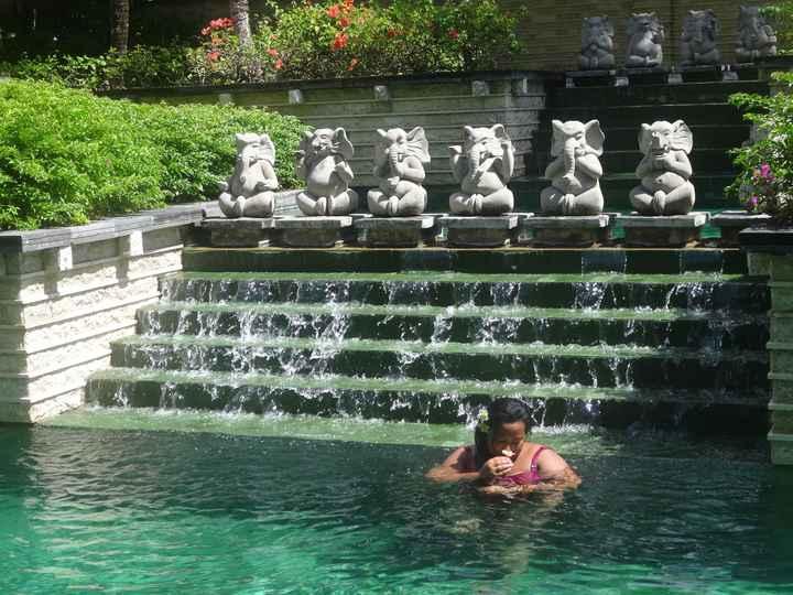 VDN - BALI - Balinese pool