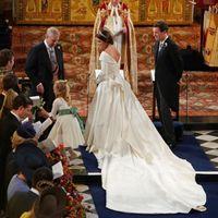 Look nuptial de la Princesse Eugenie d'york - 4