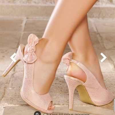 Help je cherche des escarpins rose poudré !  - 1