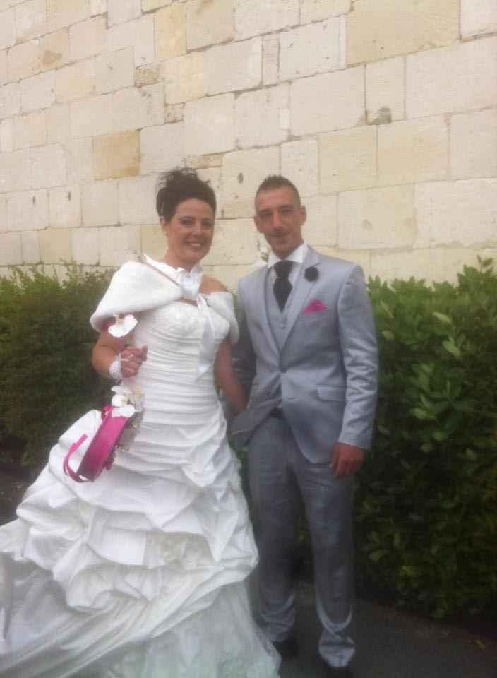 Robe de mariée et costume