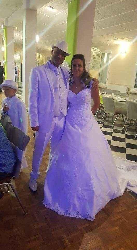 à notre mariage est passé c'était le 22 juillet - 1