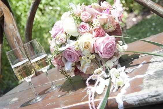 Composition florale . - 2
