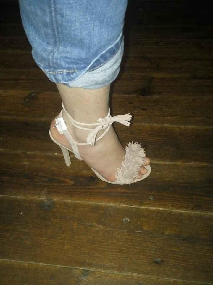 J'ai reçu mes chaussures ! - 1