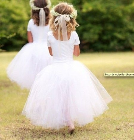 Les tenues de vos enfants d 39 honneur page 17 mode for Robes d enfants pour un mariage