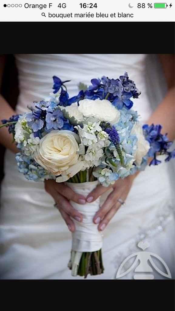 Sélections de bouquet de mariée bleu marine et blanc - 1
