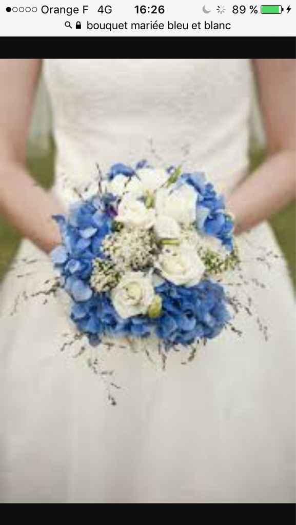 Sélections de bouquet de mariée bleu marine et blanc - 5