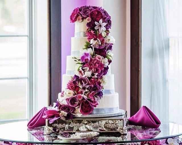 Notre Wedding Cake