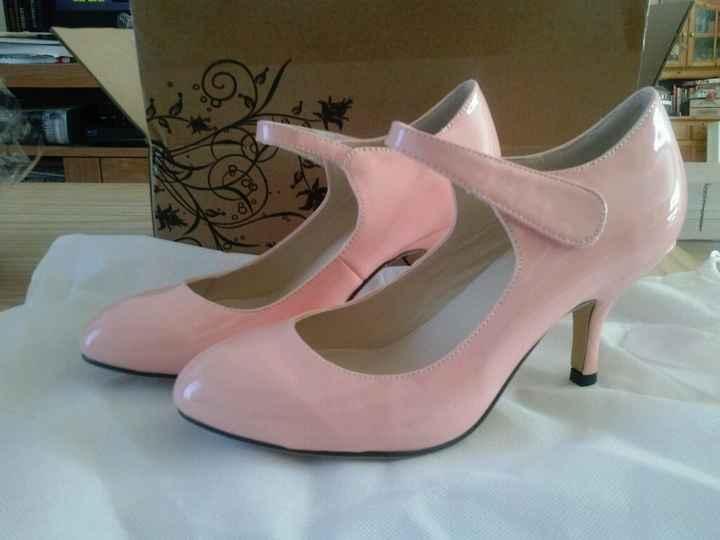 Quelle couleur de chaussures ? - 1