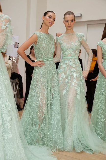 Robe de mariee couleur vert d'eau