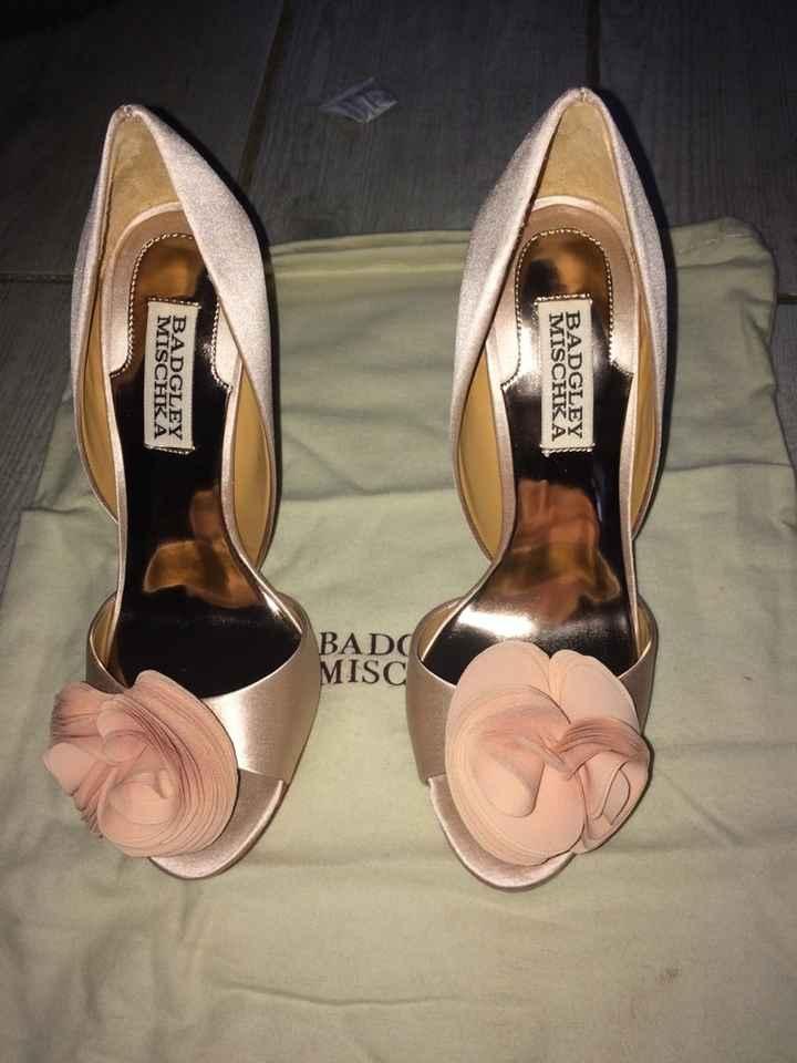 Dis-moi quel mois tu te maries et je te dirais quel mariage tu auras : Les chaussures - 1