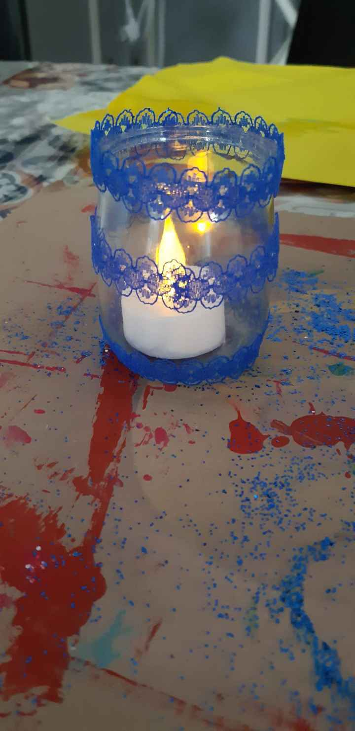 ruban dentelle bleu roi