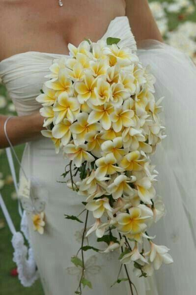 Bouquet mariée fleurs exotiques 1