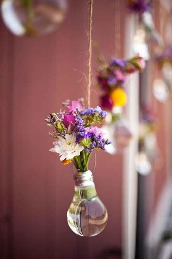 Avec plusieurs fleurs