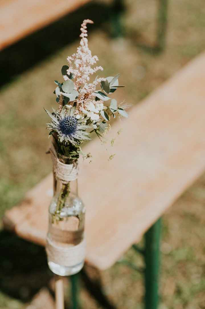 Les bouquets de l'allée de la cérémonie laïque