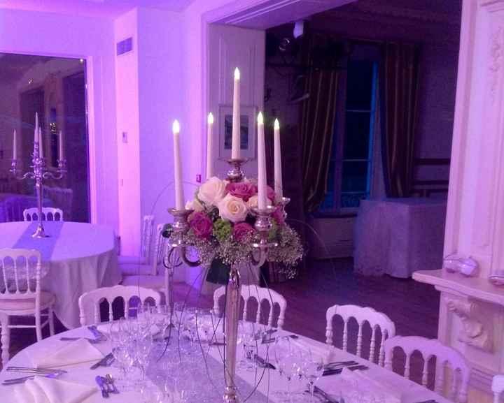 Fleurs sur chandeliers - 2