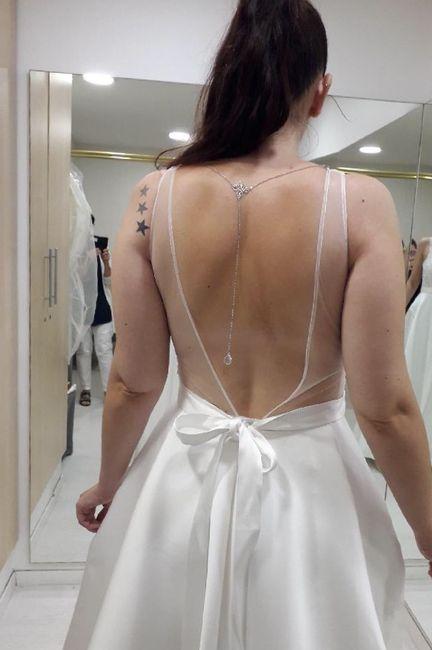 Robe Emma Mariés au premier regard 1