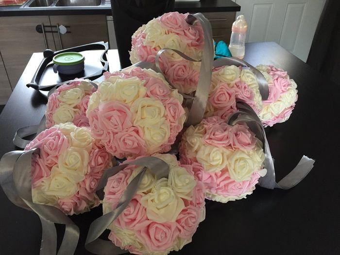 Boules fleurs en mousses - 1