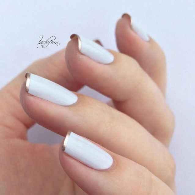 Parlez moi de vos ongles... 1