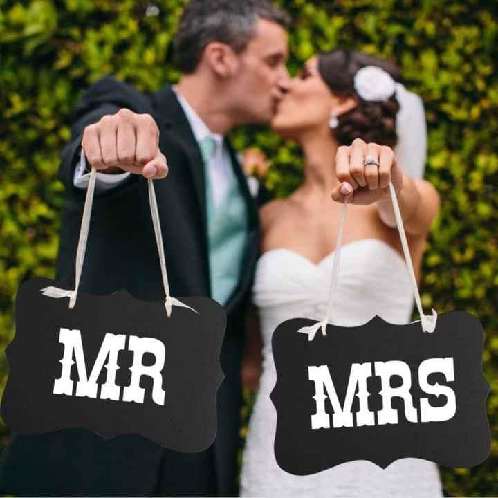 Personnalisation chaises des mariés - 1