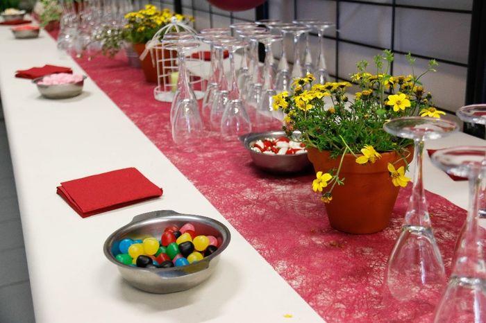 Table vin d 39 honneur photo for Decoration table vin d honneur