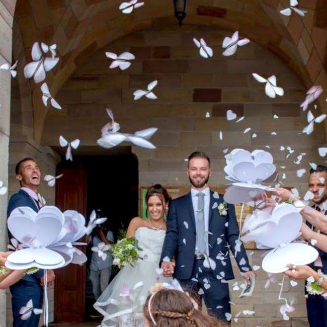 Que lancer pour la sortie des mariés? 2