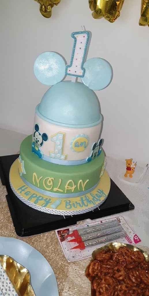 fake wedding cake - 1