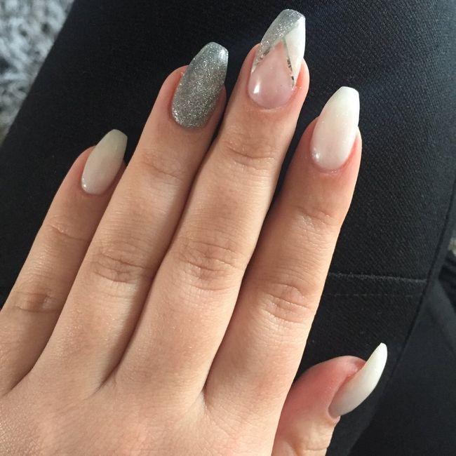 Essai manicure , 1