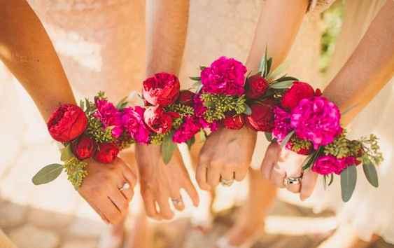 Boutonnières roses