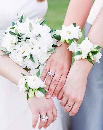 Boutonnières blanches
