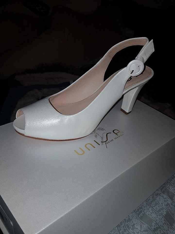 Chaussures avec moi :-) - 1
