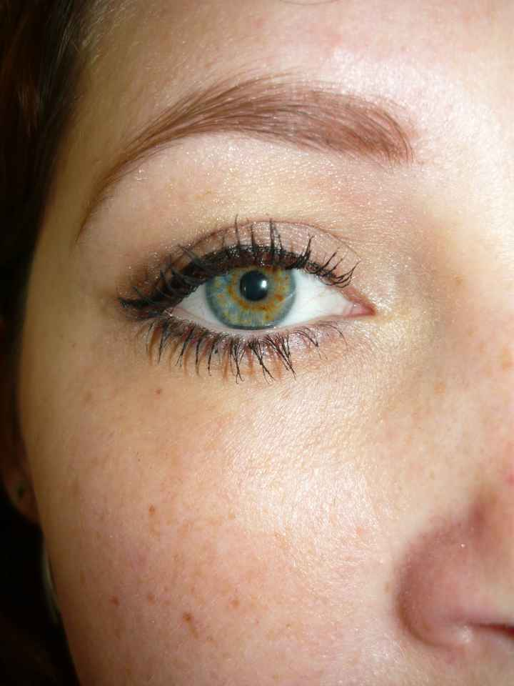 essai maquillage yeux seulement