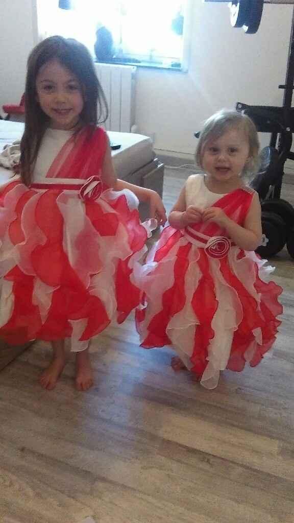 Mes petites princesses dans leur robe de princesse!!!!! :-) - 1
