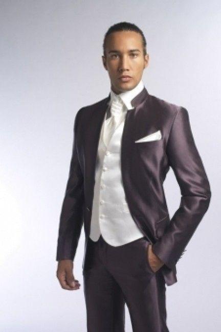 le costume de mari u00e9 de la semaine est     le 1er mai