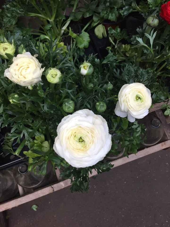 Inspiration fleurs blanches et bleues - 10