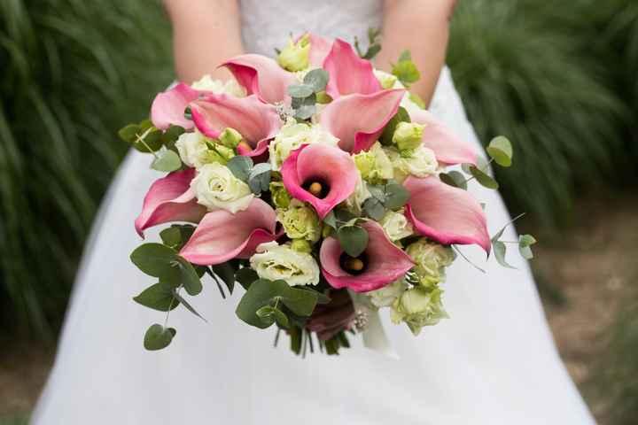Bouquet de mariée avec des callas - 1
