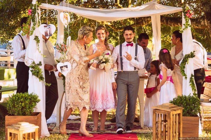 2 mariages, 2 costumes. Lequel préfères-tu ? 1