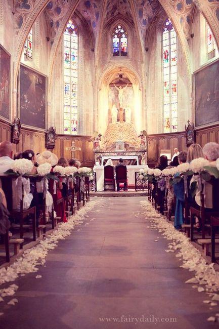 Se couvrir les épaules/ voile à l'église ? 1