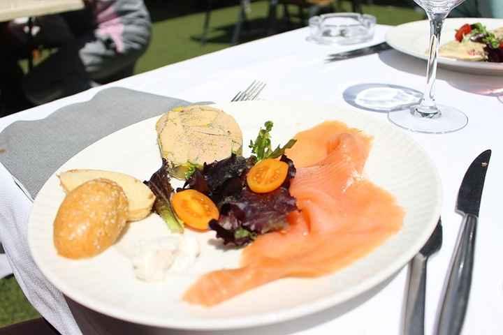 Entrée foie gras saumon fumé