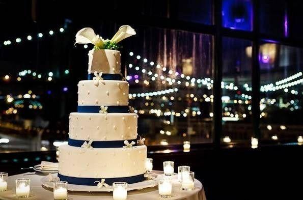 Inspiration mariage thème couleur bleue marine blanc et rose poudré - 8
