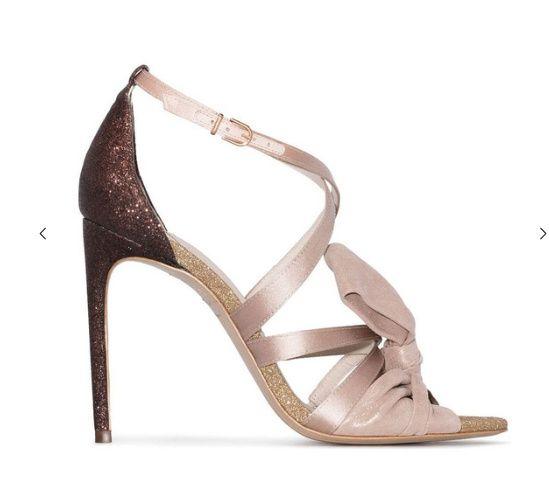 Chaussures Blanches ou Vieux rose, mon coeur balance 7